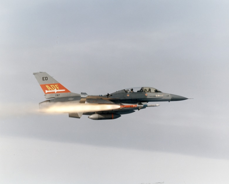 #OTD 23 Feb 1989 at Edwards - A two-seat F-16B Air Defense Fighter test aircraft successfully launched an AIM-7 Sparrow missile that destroyed a target drone off the California coast.