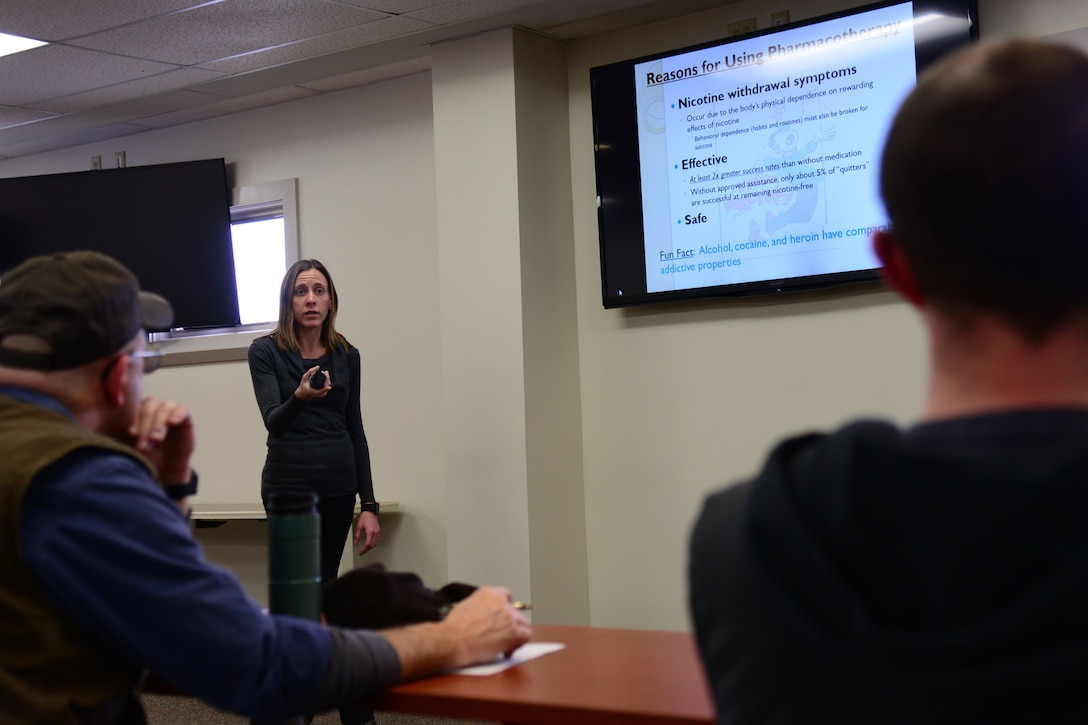 Jacquelyn Moore, 341st Medical Operations Squadron pharmacist, coaches individuals on how to break away from tobacco products Feb. 6, 2018, at Malmstrom Air Force Base, Mont.