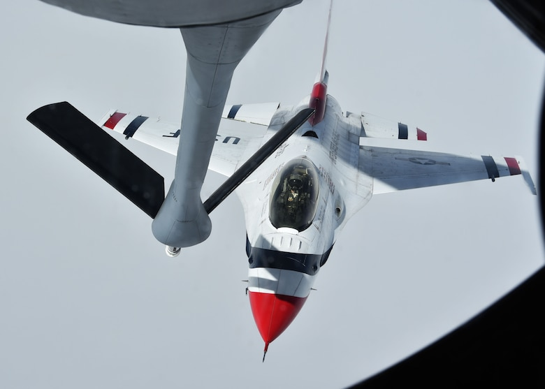On Feb.18, the familiar F-16 Fighting Falcons from the U.S. Air Force Thunderbirds Demonstration Squadron flew across the skyline of Daytona Beach, Fla., to a crowd of thousands.