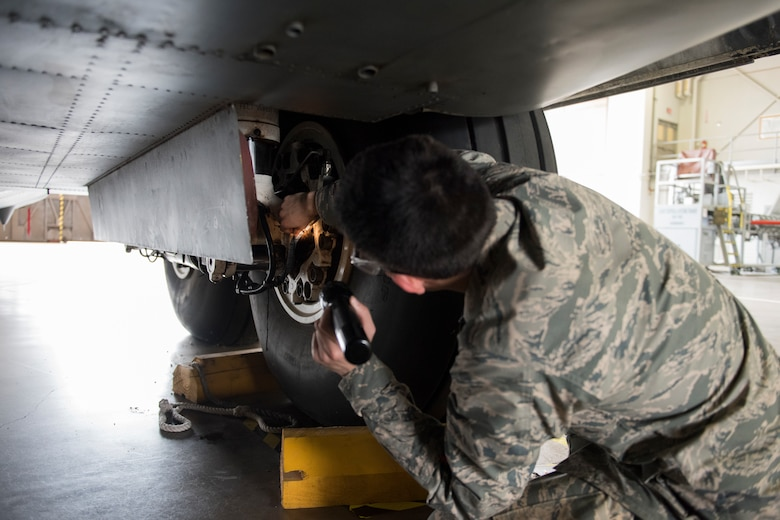 364th Training Squadron Hydraulics