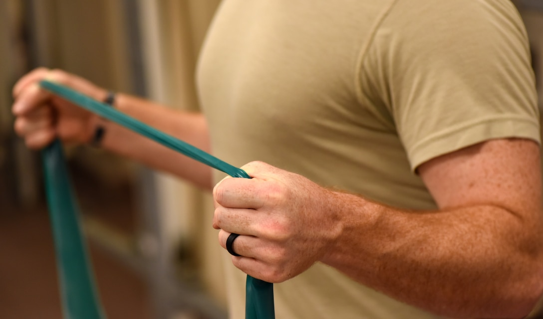 Individual stretching resistance band