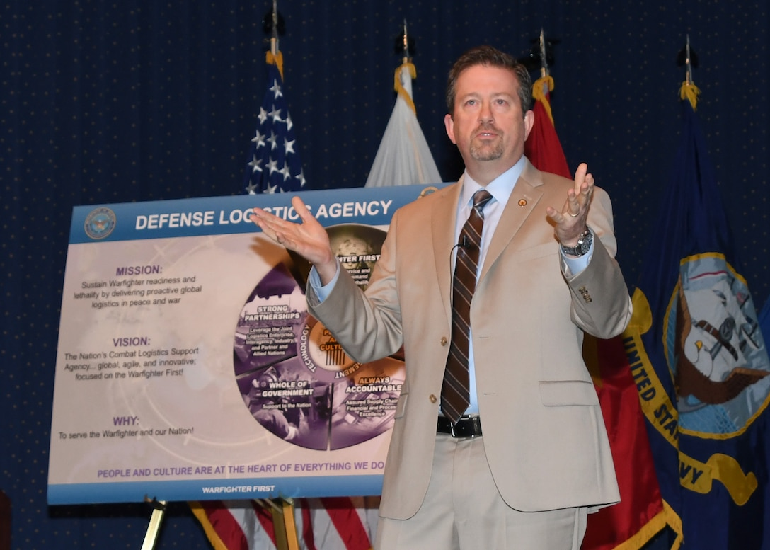 DLA Human Resources Director Brad Bunn shares his thoughts on the agency's new People & Culture Plan, along with other topics, Feb. 27 at the McNamara Headquarters Complex. Photo by Teodora Mocanu