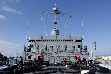 USS Frank Cable Arrives Hawaii