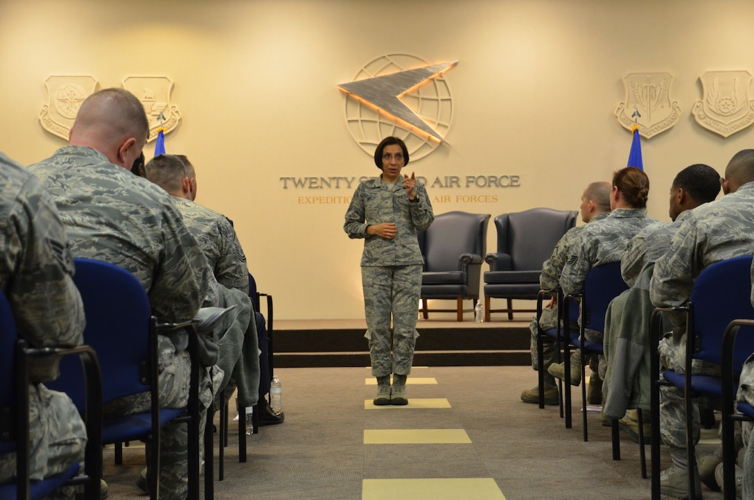 Chief Master Sgt. Ericka Kelly, Air Force Reserve Command command chief master sergeant, speaks to a group of Airmen at Dobbins Air Reserve Base, Ga, Jan. 6, 2018. Kelly visited Dobbins to tour the base and visit the units, as well as host question and answer sessions. (U.S. Air Force photo by Senior Airman Lauren Douglas)