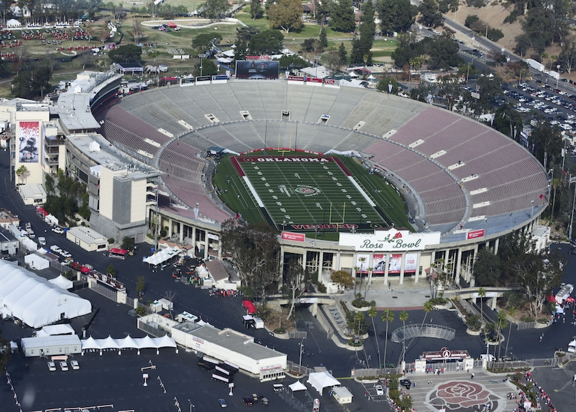 """The Rose Bowl stadium from a Pasadena Police helicopter in Pasadena, Calif., Dec. 31, 2017. The Rose Bowl College Football Semifinal is known as the """"Granddaddy of Them All"""" because it is the oldest bowl game. (U.S. Air Force photo by Staff Sgt. Danielle Quilla)"""