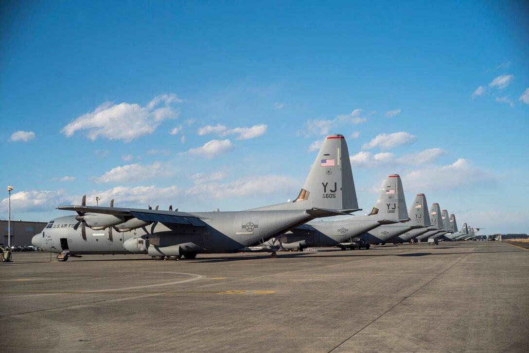 Yokota receives 10th C-130J from Dyess AFB