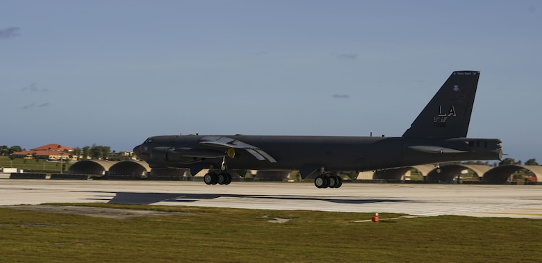 A U.S. Air Force B-52 Stratofortress bomber lands at Andersen Air Force Base, Guam,Jan. 16, 2018.