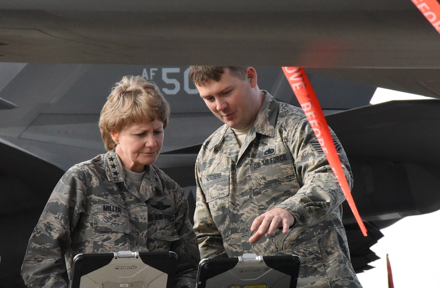 Reserve Commander visits 944th Citizen Airmen