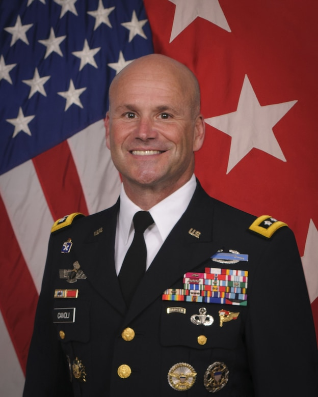 Official photo, in Army Service/Dress Uniform (A), US Army Europe Commander