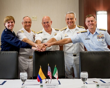 Military leaders pose for a photo.