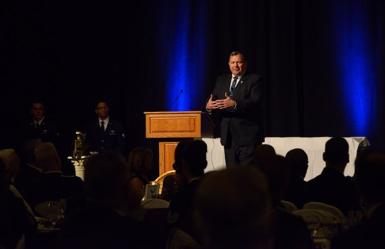 Retired Chief Master Sergeant Scott Dearduff, former 9th Air Force Command Chief, provides the keynote speech during the 2017 Annual Awards Banquet at The Wigwam in Litchfield Park, Ariz., Jan. 20, 2018. During his speech, Dearduff spoke about what it means to have a warrior spirit. (U.S. Air Force Photo/Airman 1st Class Alexander Cook)