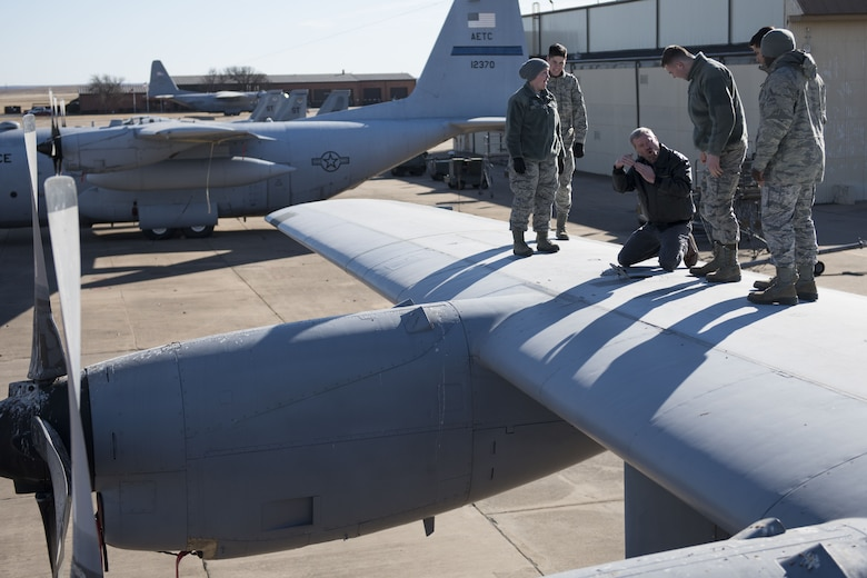 362nd TRS crew chief course
