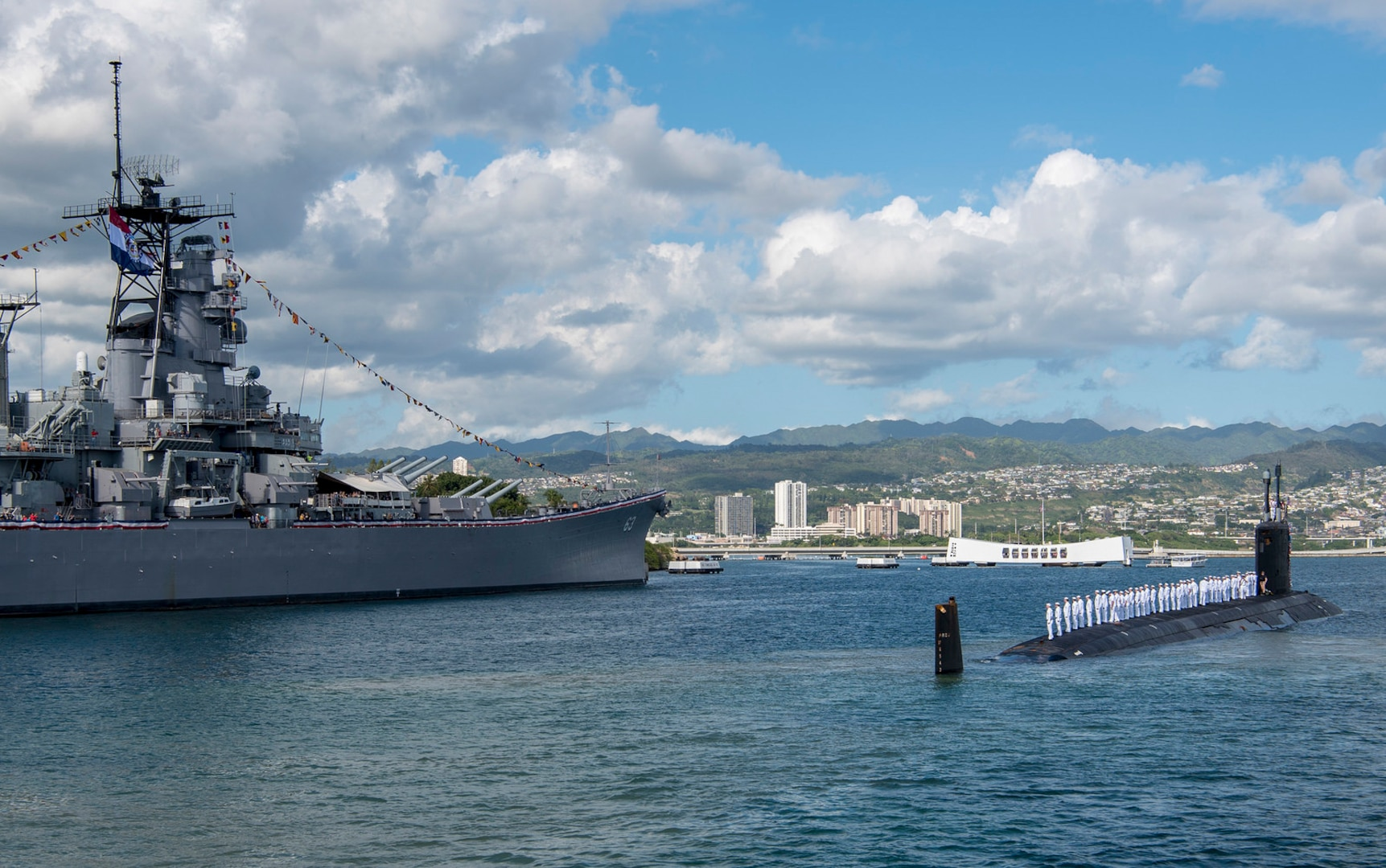 USS Missouri Arrives in Pearl Harbor