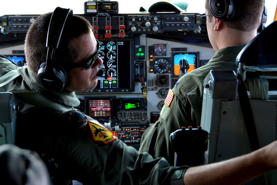 Lt. Col. Stuart Letcher, 465th Air Refueling Squadron KC-135 Stratotanker pilot from Tinker Air Force Base, Okla., prepares for flight Jan. 22, 2018, at Kona International Airport, Hawaii, in support of Exercise Sentry Aloha. (U.S. Air Force photo/Tech. Sgt. Samantha Mathison)