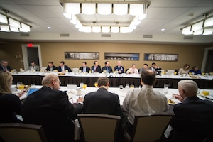 Vice chairman of the Joint Chiefs of staff conducts a roundtable discussion with reporters.