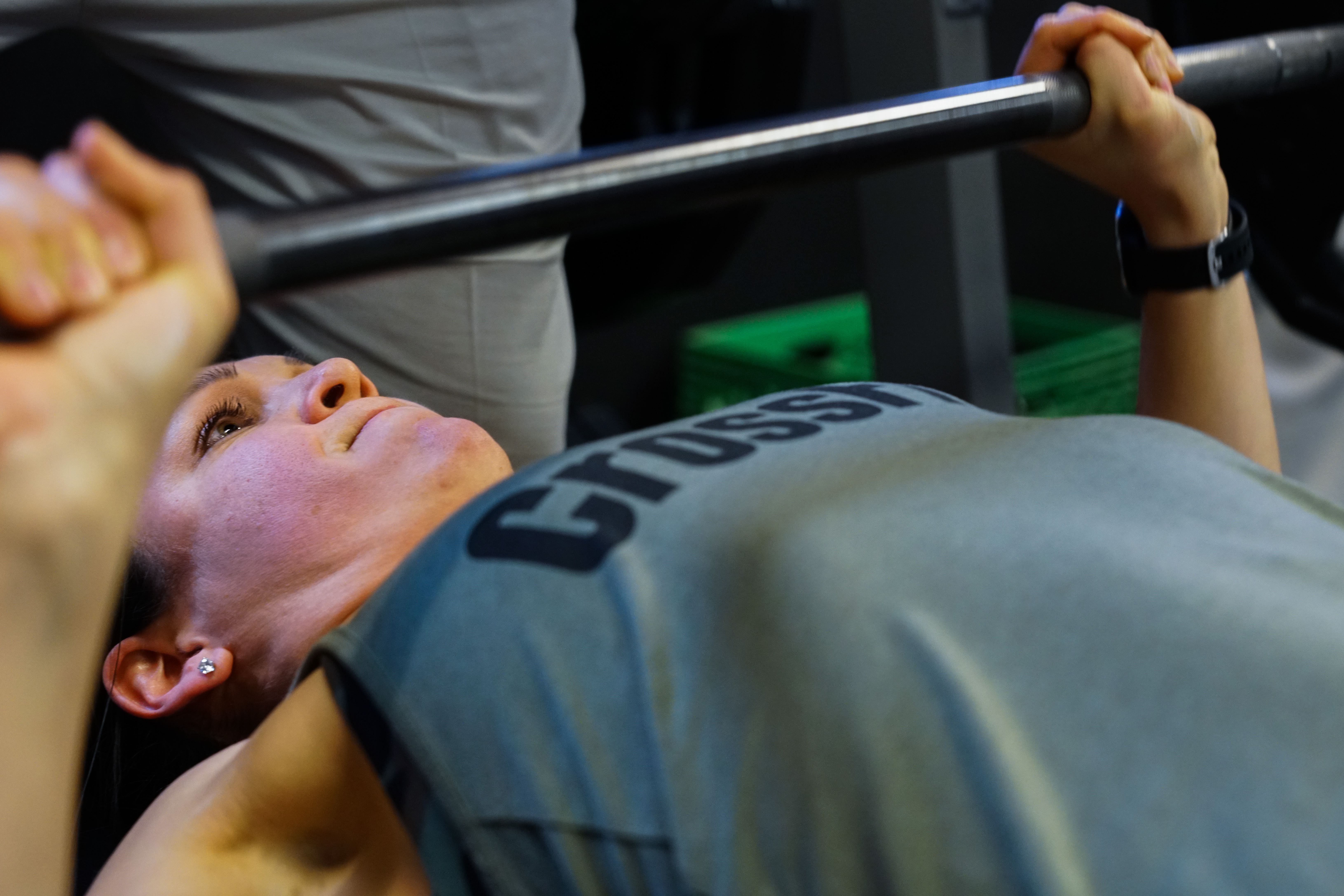 Bench Press Deadlift Competition Strengthens Bonds Muscles