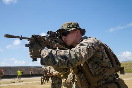 Australians, U.S. take down targets during RIMPAC