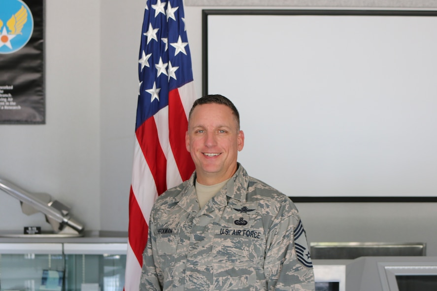 Chief Master Sgt Heckman (U.S. Air Force photo/Deidre Ortiz)