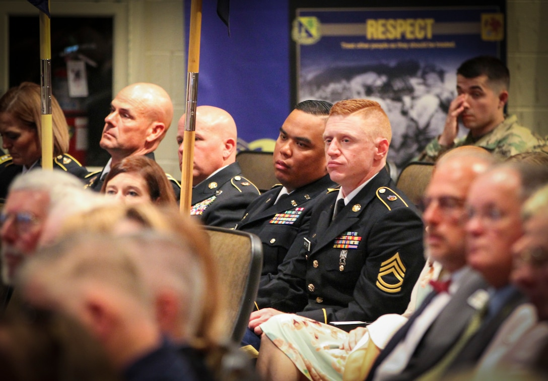 Army Reserve Chemical Company receives prestigious award for excellence