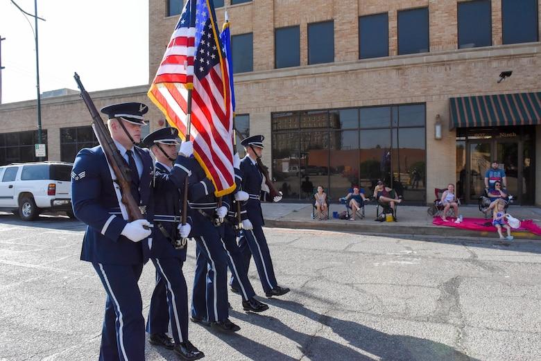 Kell House Museum parade