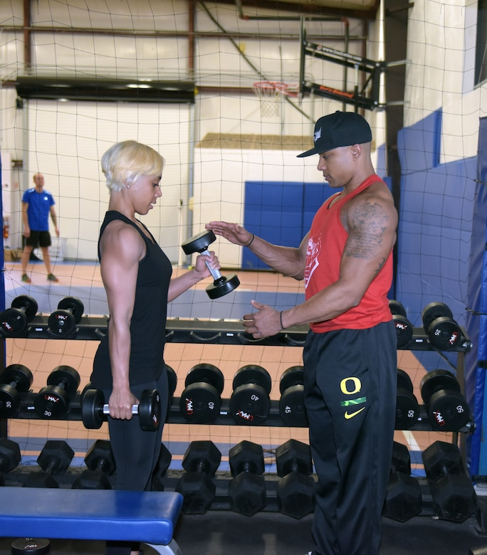 Airmen help each other to reach fitness potential through bodybuilding