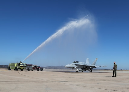 Final Flight for 3rd MAW Commanding General