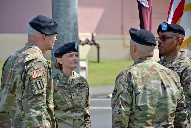 Krueger Assumes Command of Tripler Army Medical Center