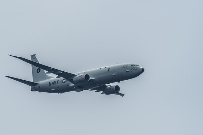 7th Fleet Aircraft Locates Missing Mariners in Indian Ocean