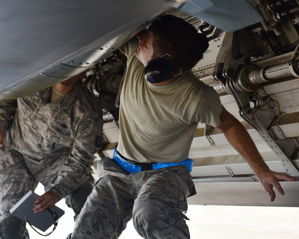 aircraft armament systems specialist