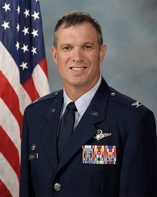 Col. Greg Berry's official photo.
