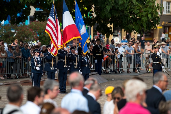 Honor Guard commemorates World War I in France