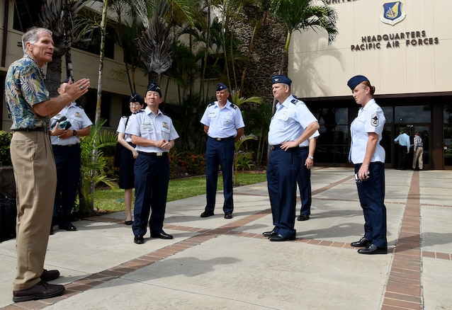 JASDF Surgeon General Visits PACAF
