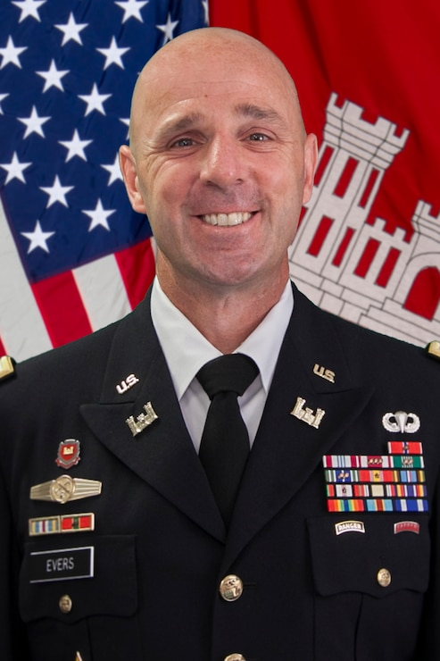 Colonel Jason Evers assumed command of the Huntington District, U.S. Army Corps of Engineers, on July 17, 2018.