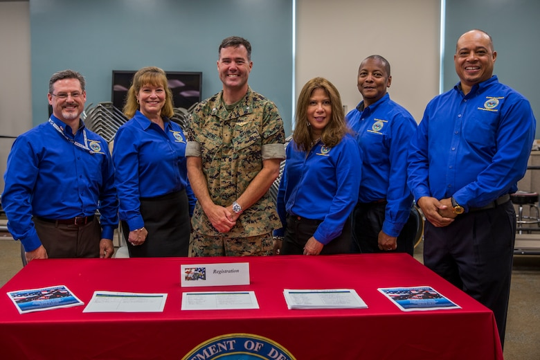 Wounded warriors connect with federal and private agencies for careers