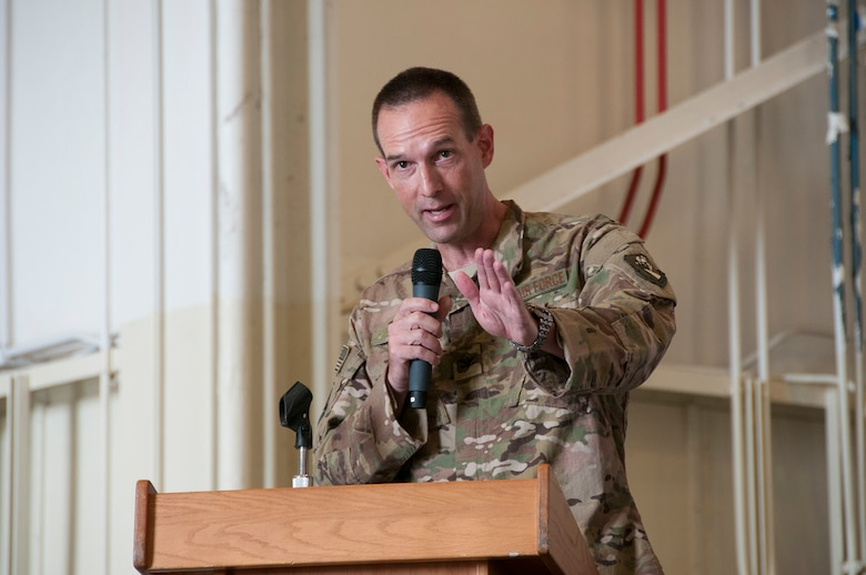 """Col. Kristopher """"Scot"""" Terry thanks senior leadership from the 919th Special Operations Wing and shares his vision with maintenance professionals from the unit July 15, 2018."""