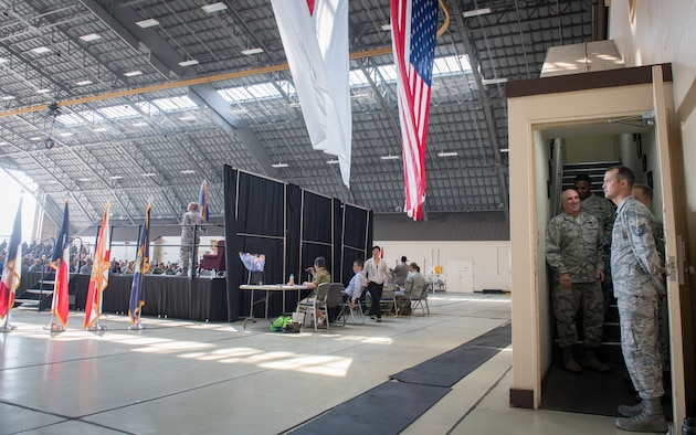 374th Airlift Wing welcomes new commander