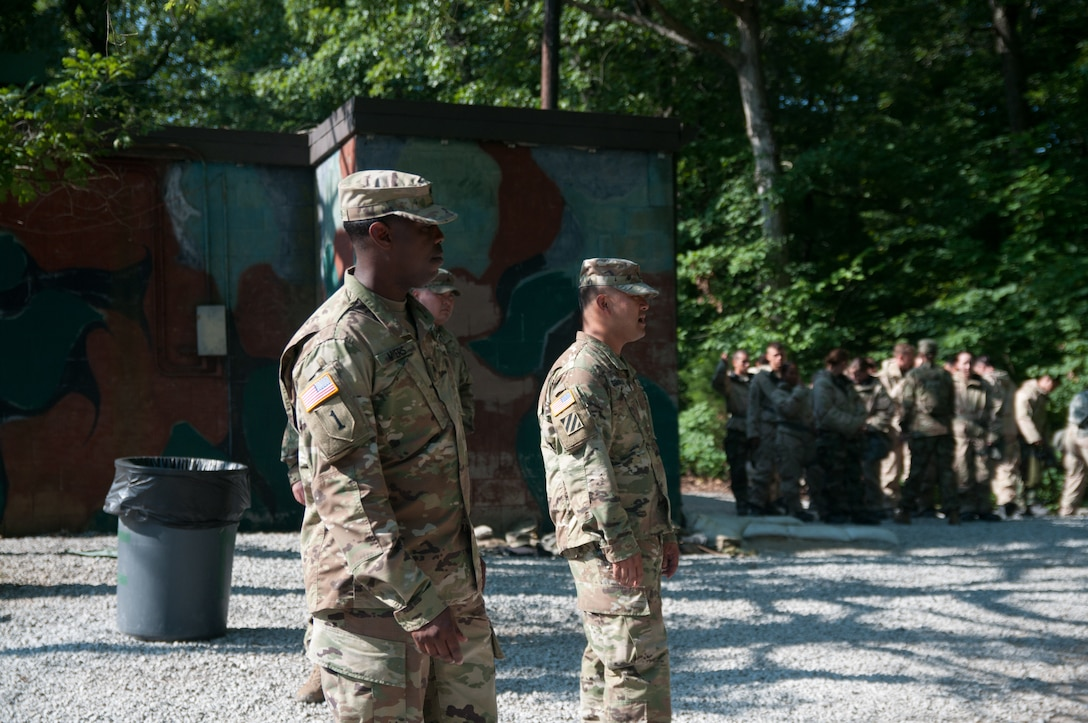 U.S. Army Reserve NCOs bring civilian skills to ROTC cadet summer training