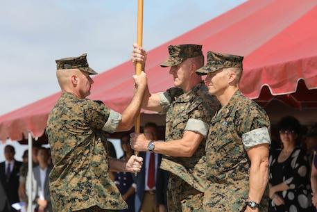 Col. Jason G. Woodworth relinquishes command of MCAS Miramar