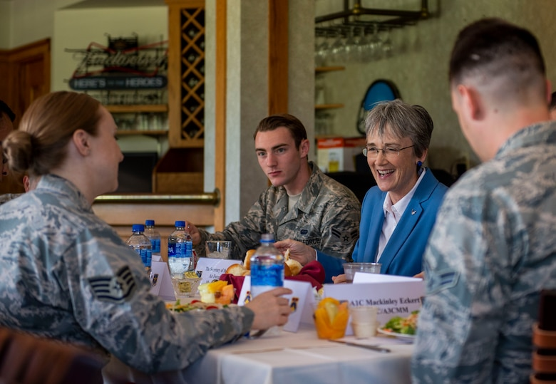 SECAF eats with Airmen