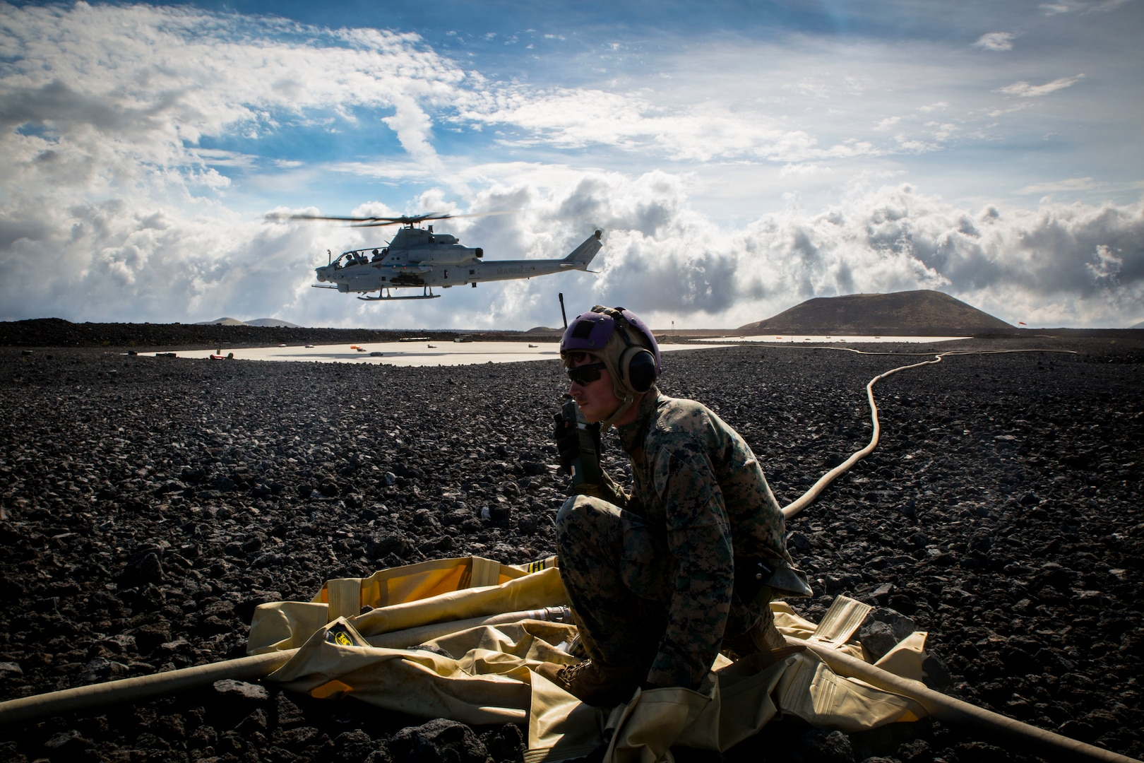 U.S. Marines and Army conduct fuel experiment during RIMPAC