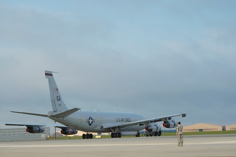 Warner Robins Air Logistics Center takes on first E-8C Joint STARS depot maintenance