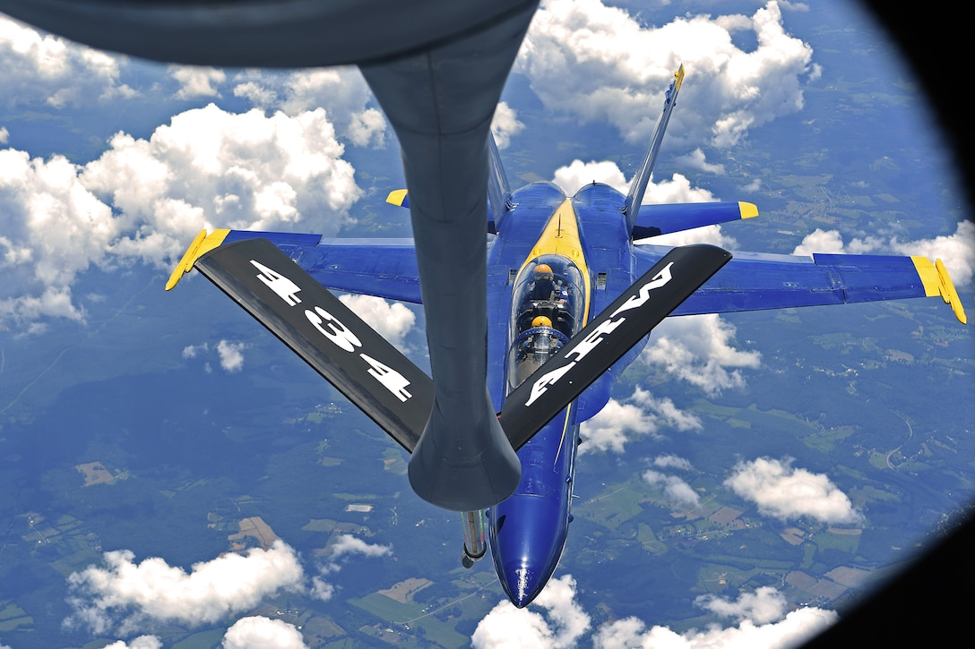 Grissom participates in Oshkosh airshow with Blue Angels