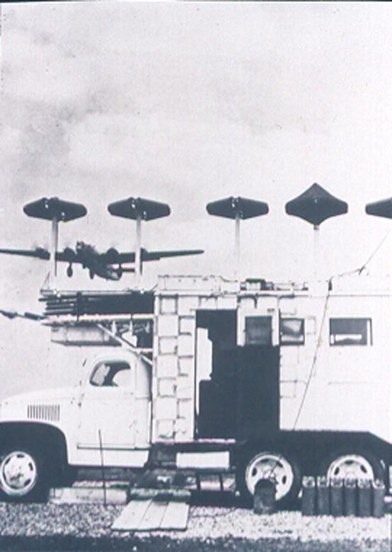 SCS-51 instrument landing system