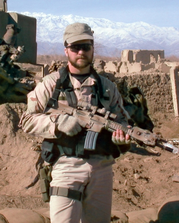 President Donald Trump will posthumously award the Medal of Honor to the family of fallen U.S. Air Force Tech. Sgt. John Chapman at a ceremony on August 22 for his extraordinary heroism in March 2002 while deployed to Afghanistan.