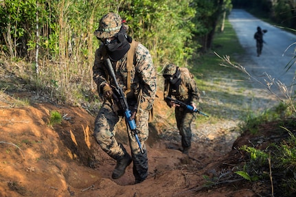 Marines with TRT Plt. take on the jungle