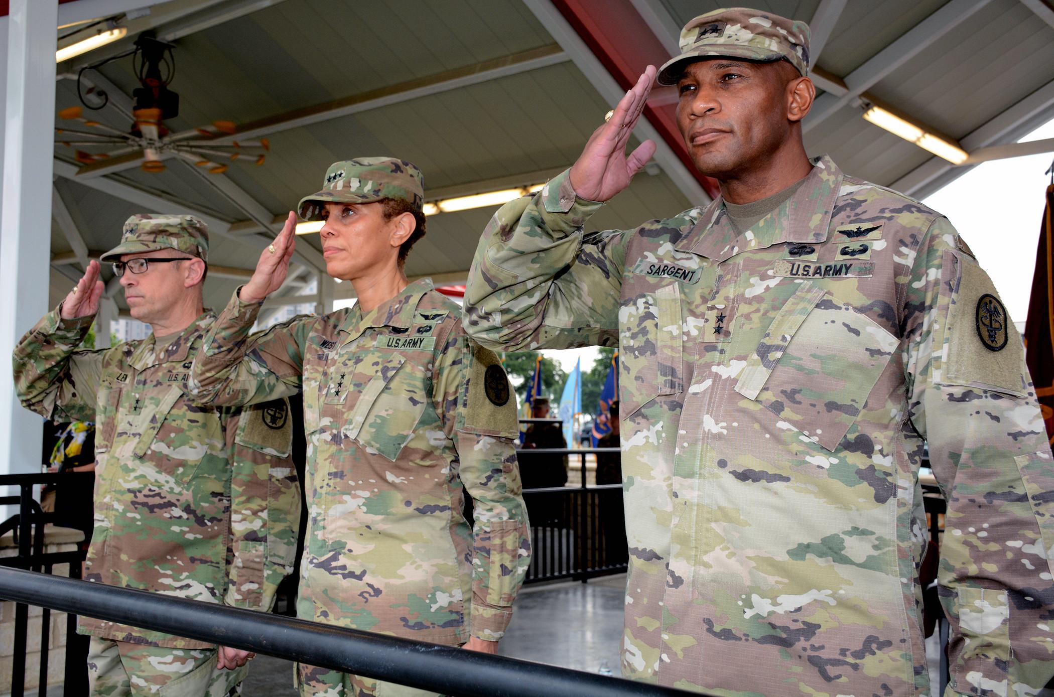 Maj  Gen  Patrick D  Sargent assumes command of AMEDDC&S > Joint