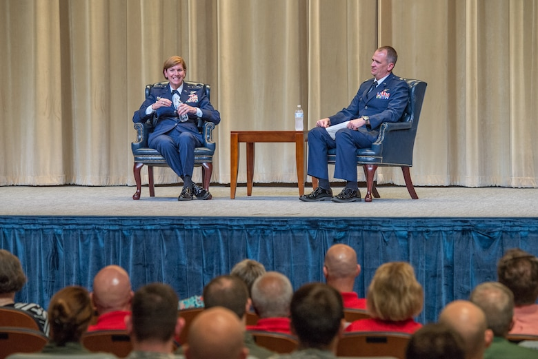 Aviation pioneers encourage innovation, resiliency during the annual Gathering of Eagles