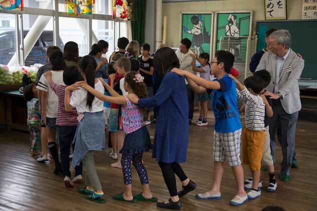 Neighbors share culture through exchange