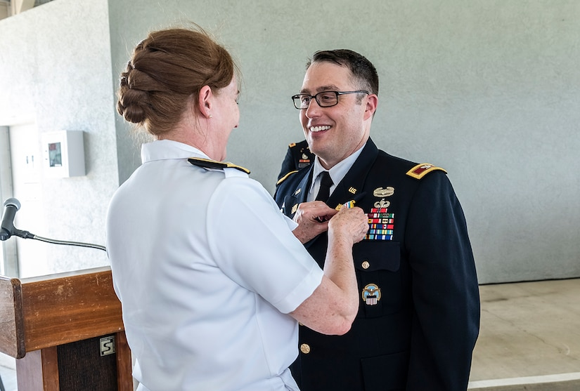 Land and Maritime officer finishes Army career after 25 years