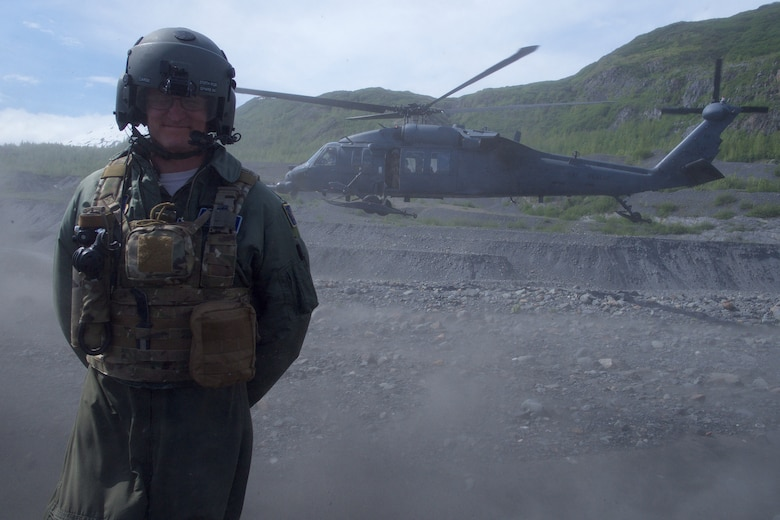 Chief Master Sgt. Lance Jordan flies with Pave Hawk crew for fini flight.